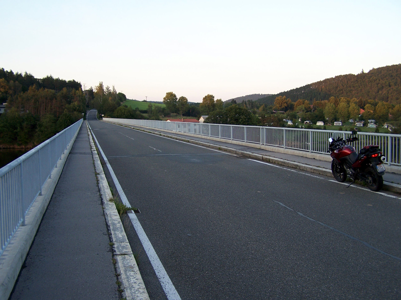 most přes Slapy