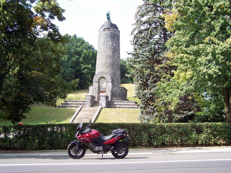 památník u Chlumce